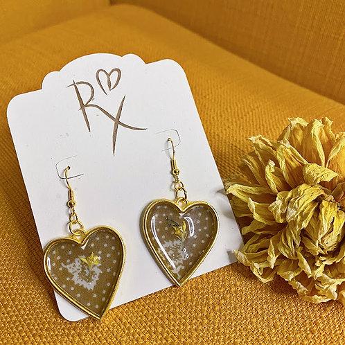 Gold Heart Floral Dangle Earring