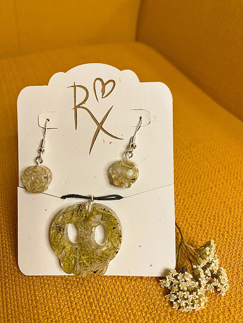 Mossy Skull Necklace and Earring Set