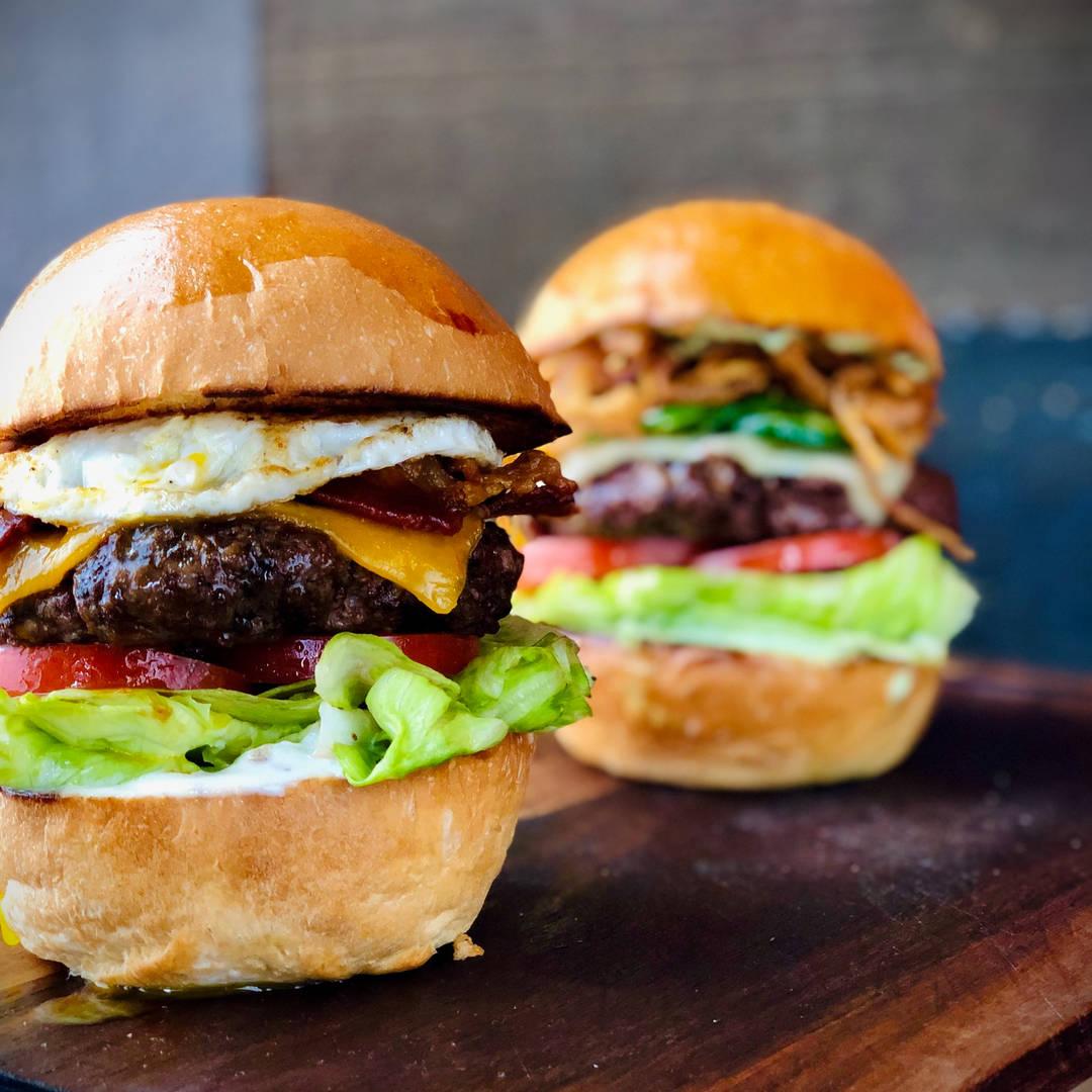 Bacon & Egg Burger