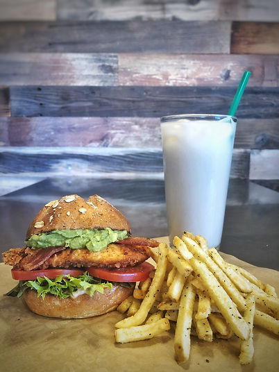 805 Dinnr Deal: Sandwich, Fries & Drink