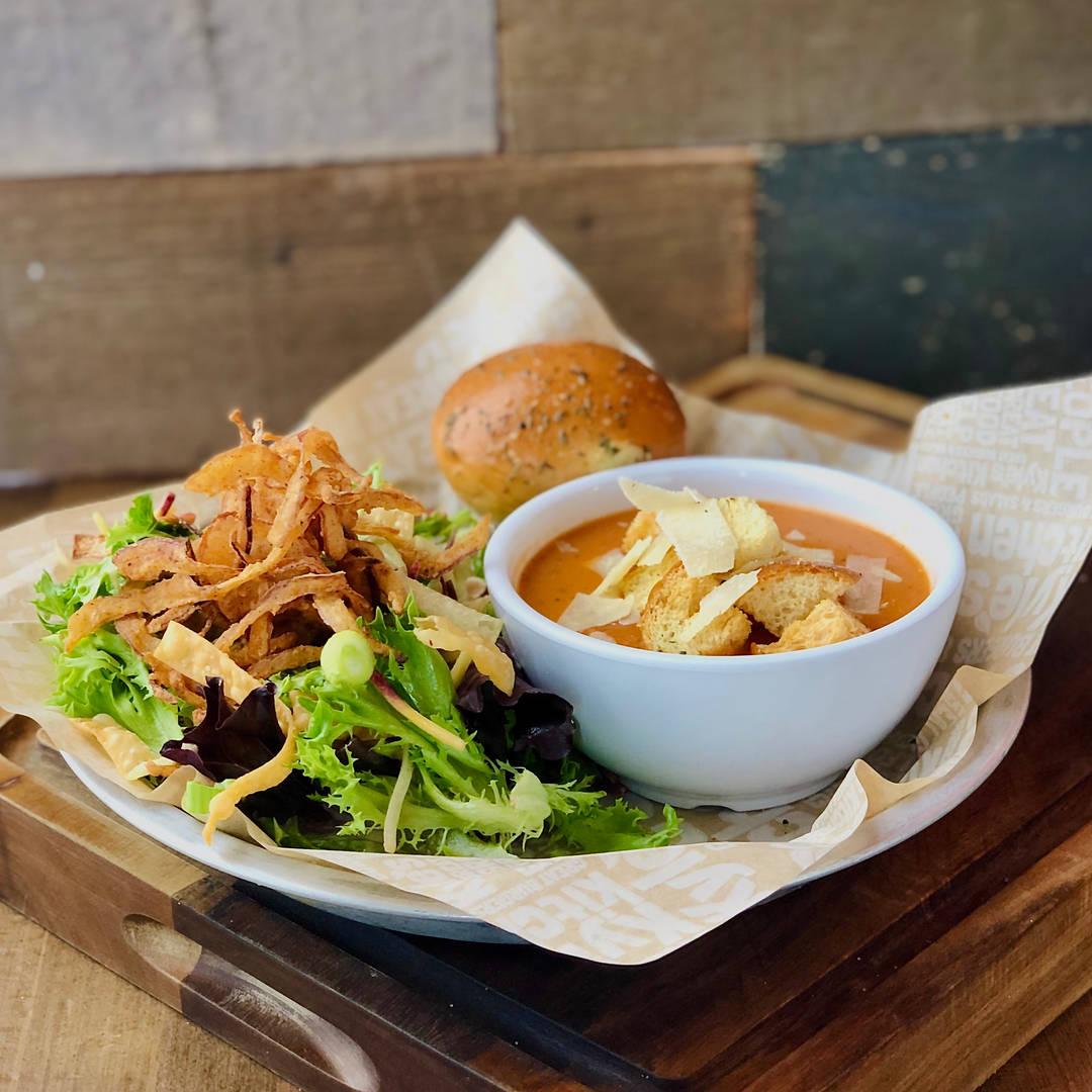 Thai Peanut Salad & Tomato Basil Soup Pair-It