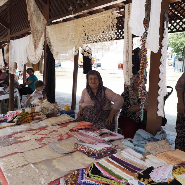 Kadınar pazarı