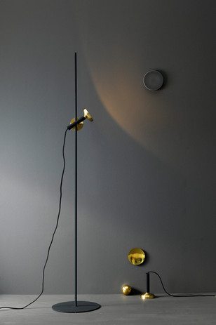 301415_blend_floor_lamp_black_brass_high