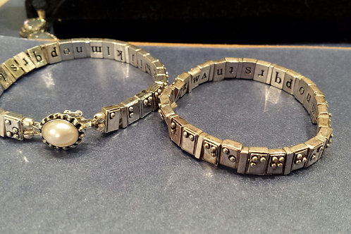 Brushed silver plated Fashion Alphabet Bracelet with clasp