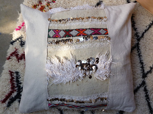 Vintage Handira Kilim with Sequins