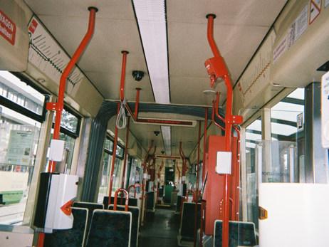 Hier bin ich mit einem Freund unterwegs wieder zurück nach Bad Belzig in der Straßenbahn. Wir müssen viele verschiedene Linien nehmen, die Straßenbahn, den Bus, den Zug und man ist ganz schön lange unterwegs.