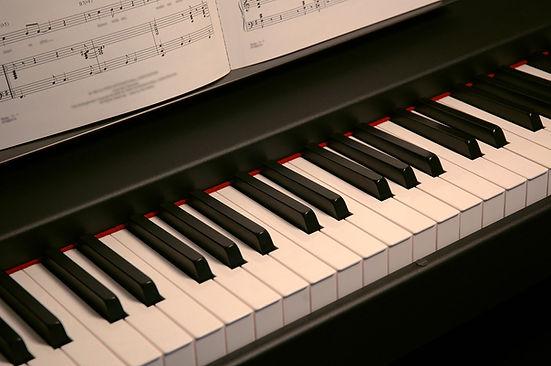 klavier_2x.jpg