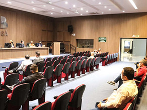 Comitê 9840 apresenta a representantes de candidatos regras do debate da OAB Maringá