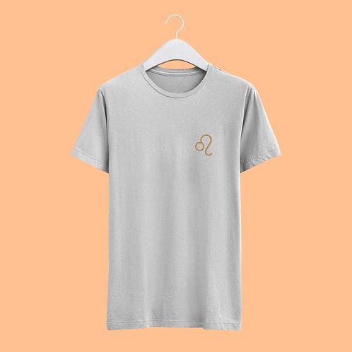 Leo Retro Star Sign T-shirt - Small Badge