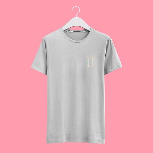 Gemini Retro Star Sign T-shirt - Small Badge