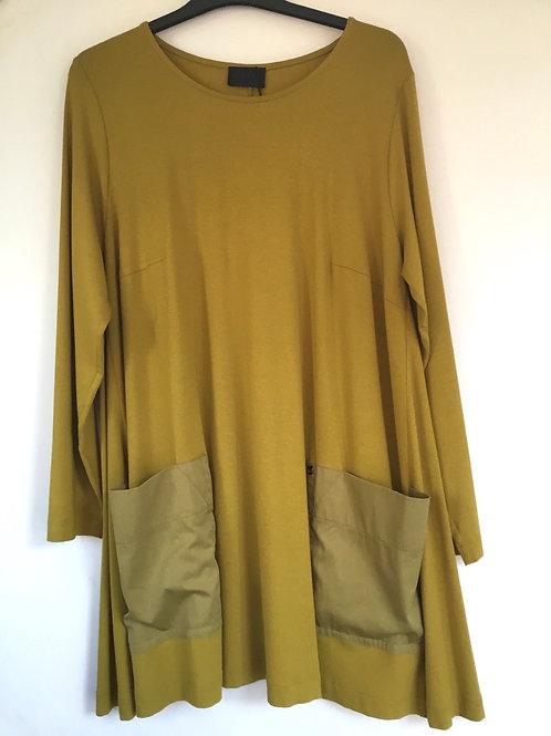 Q'neel - mustard large pocket detail top