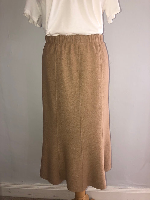 Q'neel - Camel boiled wool pull on skirt