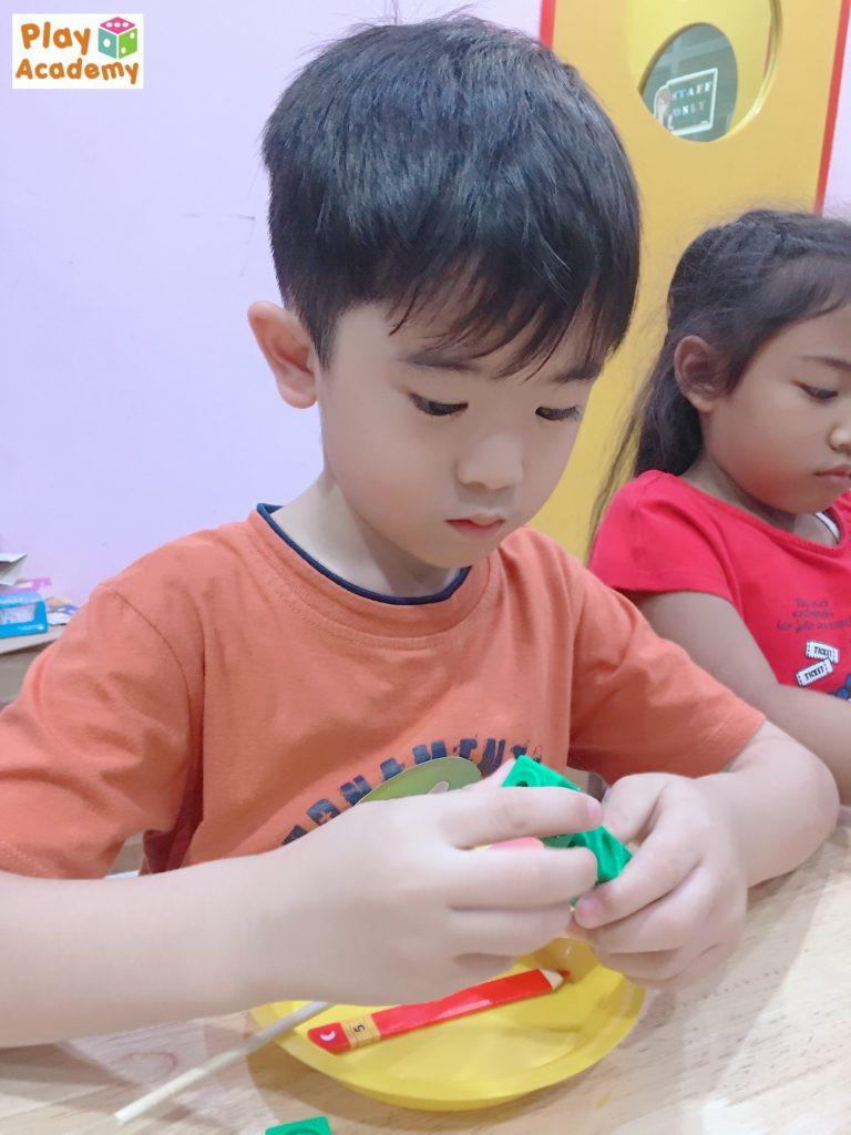 Gallery_PlayMath_23-768x1024.jpg