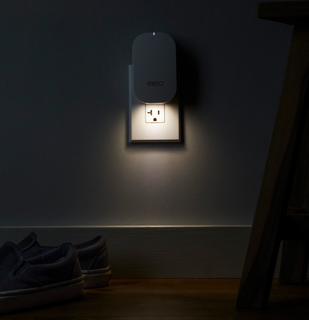 eero beacon is also equipped with a friendly nightlight. Digital & Delight