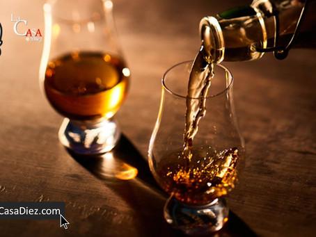 Como se toma el tequila, un experto te dice como.