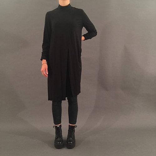 Geschlitztes Kleid, Gr. M