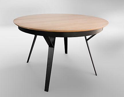 שולחן אוכל עגול עם רגלי ברזל