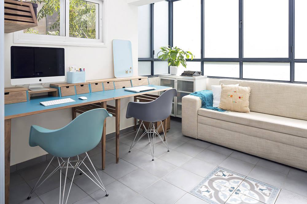חלל עבודה, שולחן כתיבה