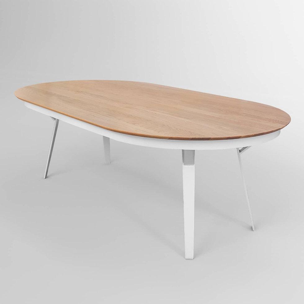 שולחן אוכל נפתח עם רגלי ברזל