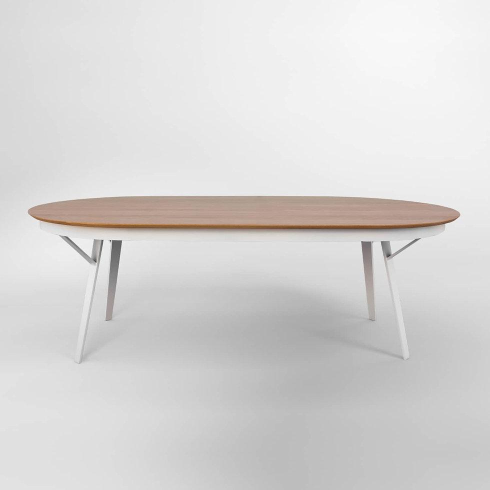 שולחן אוכל מברזל עם פתיחה