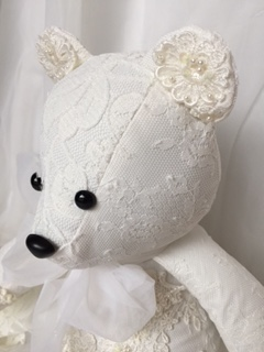 LMB-wedding bear4.JPG