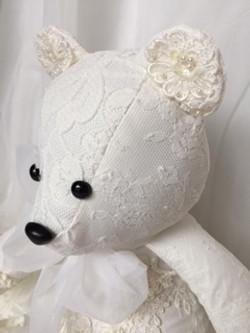 LMB-wedding bear4.JPG
