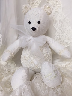 LMB-wedding bear1.JPG