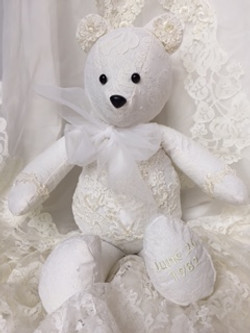 LMB-wedding bear1.JPG
