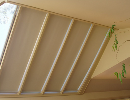 Grovewood blinds - self supporting conservatory blinds 45 degree angle - full closure