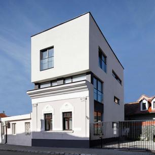 ROZELOR HOUSING