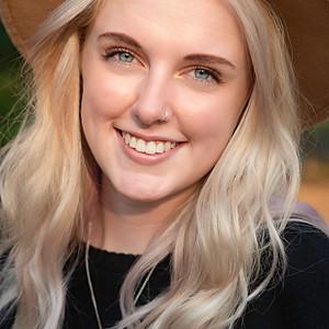 Annie Jenkins Senior Portraits