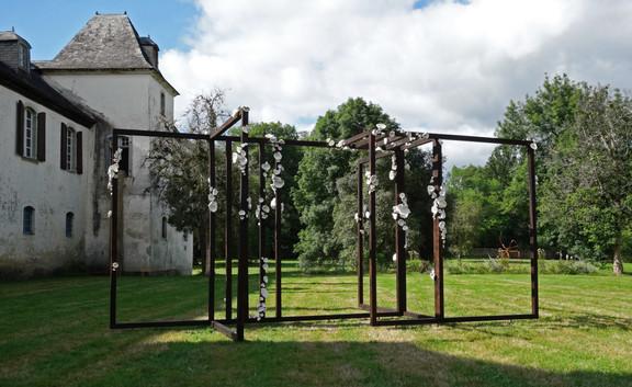 'Archi-sporophore' installation in situ. 2020
