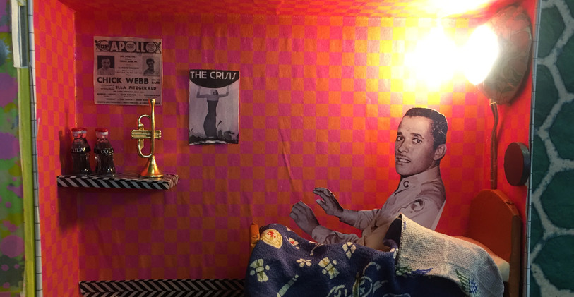 Q IN HIS ROOM