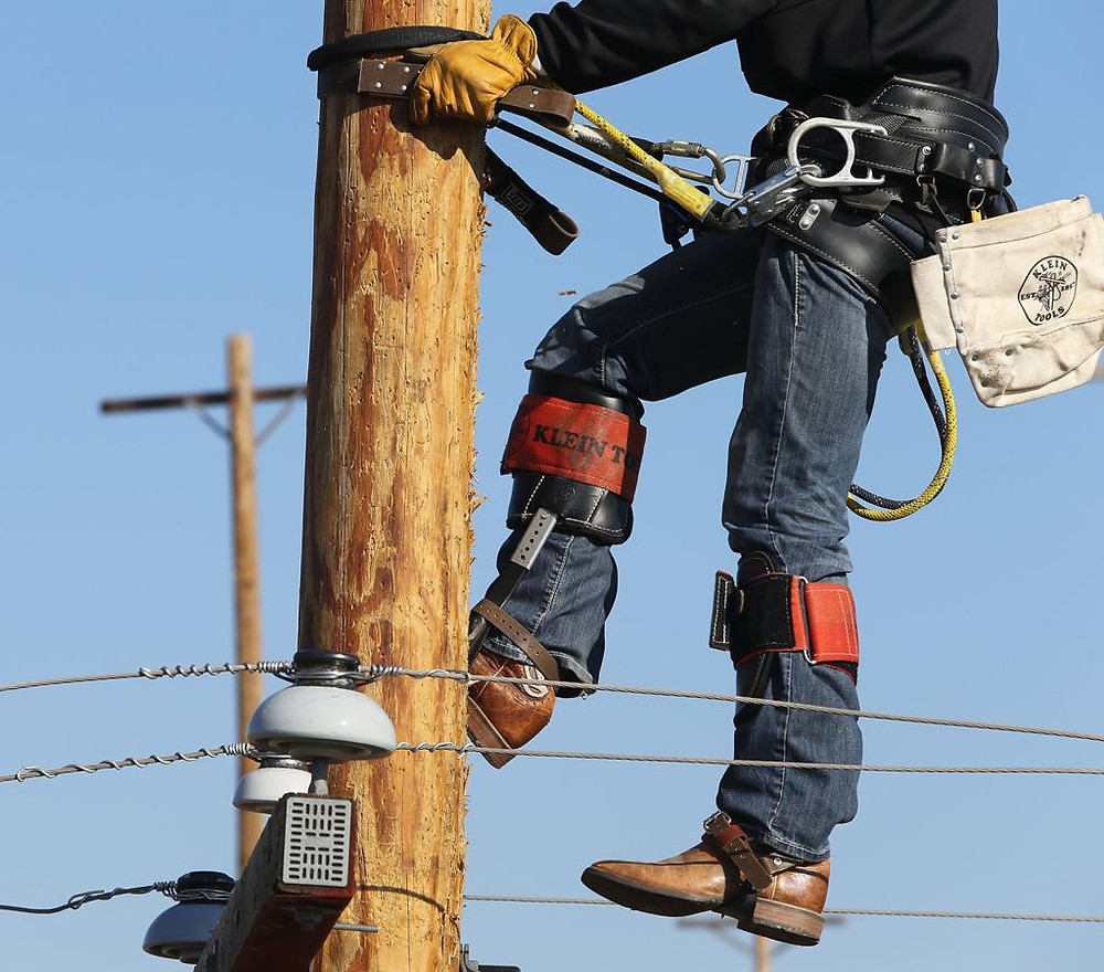 Lineman training at Texas State Technical College