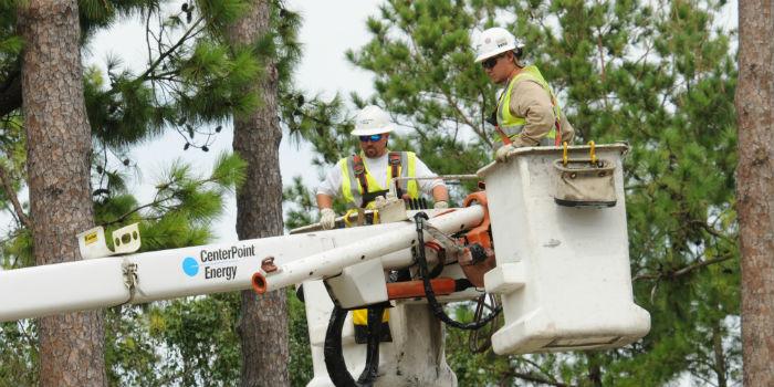 lineman training in utility bucket