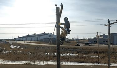 Lineman in South Dakota