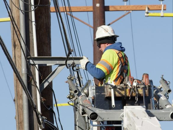Lineman working a contract job