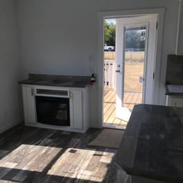 Entertainment area w/fireplace