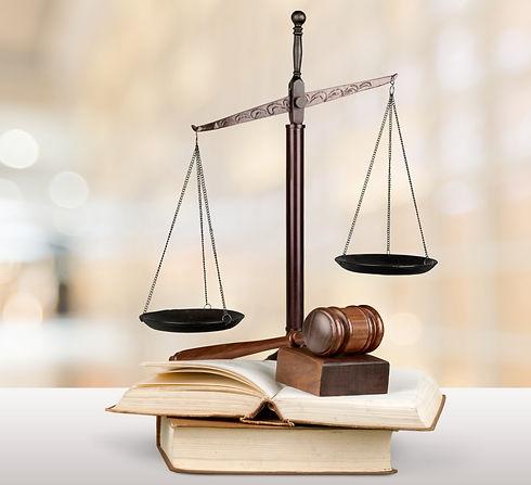 Traductions juridiques_edited.jpg