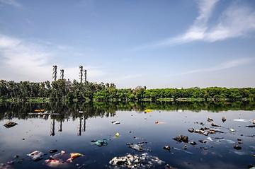 Effondrement et pollution.