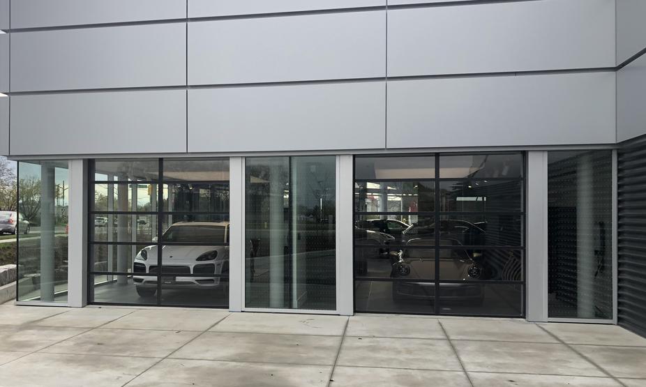 Pfaff Porsche - Auto Dealership