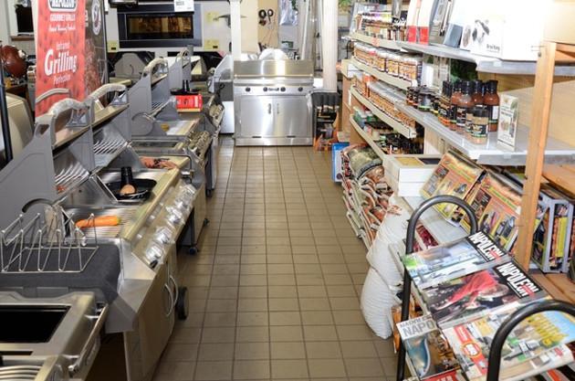 Choosing Specialty Shops vs. Big Box Stores