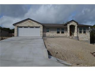 8006 Flintlock, Lago Vista: AVAILABLE