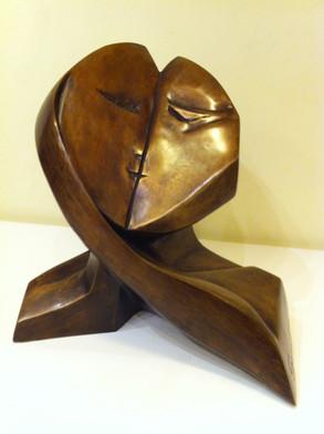 kiss-13.23.21-Bronze.JPG