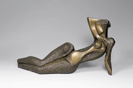 1999-31.54.23-reclining-woman.-bronze.jp