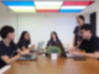 บริษัทจัดหางาน smartcruit team.jpg