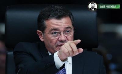 Ministro Vital do Rêgo, do TCU, determina que governo Bolsonaro pare de anunciar em sites que pro...