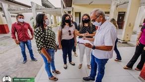 Cícero Lucena acompanha início das matrículas da Rede Municipal de Ensino e garante vagas para to...
