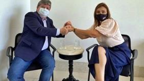 Ana Cláudia destaca sensibilidade do governador em ampliar cestas básicas e refeições para pessoa...