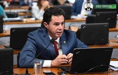 Projeto do Senador Veneziano Vital libera recursos do Suas para compra de álcool em gel e máscara...